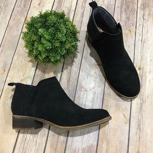 Toms Black Suede Fabric Low Heel Ankle Booties 6